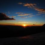 Wunderschoenes Farbenspiel über der Cordillera Negra